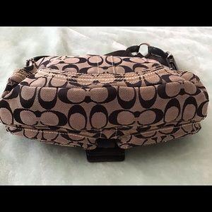 Coach Bags - Coach signature logo shoulder bag